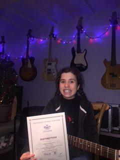Alexjandra Wickstrom - guitar and bass lessons